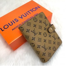 Louis Vuitton Agenda Medium
